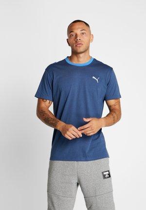 REACTIVE COLOR BLOCK TEE - Print T-shirt - dark denim/white/palace blue