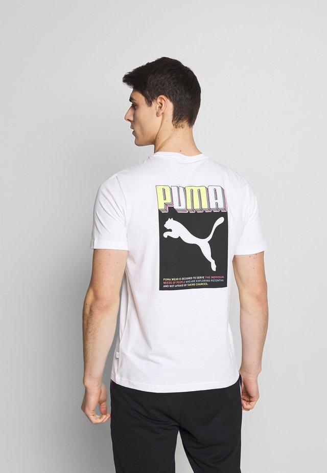 CELEBRATION GRAPHIC TEE - T-shirt imprimé - puma white