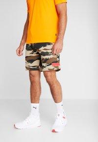 Puma - PUMA X DANIEL FUCHS MAGIC FOX - Sports shorts - multicolor - 0