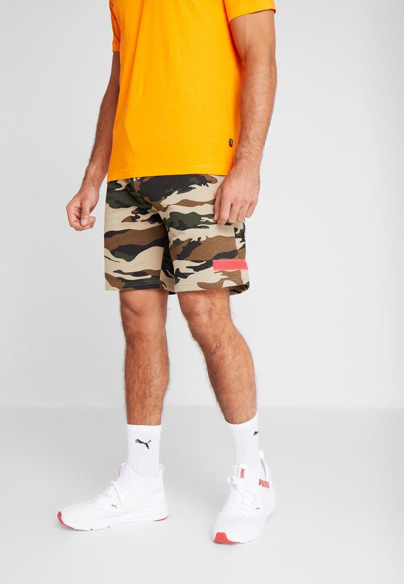 Puma - PUMA X DANIEL FUCHS MAGIC FOX - Sports shorts - multicolor