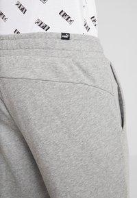 Puma - AMPLIFIED PANTS - Pantalon de survêtement - medium gray heather - 3