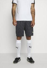 Puma - GRAPHIC SHORT - Sports shorts - black - 0