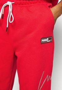 Puma - FRANCHISE - Pantalon de survêtement - high risk red - 4