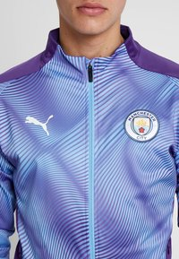 Puma - MANCHESTER CITY STADIUM LEAGUE JACKET  - Klubbkläder - tillandsia purple/light blue - 6