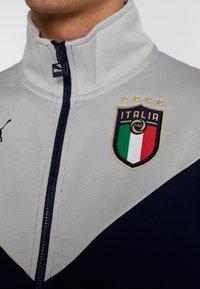 Puma - ITALIEN FIGC ICONIC MCS TRACKJACKET - Trainingsvest - peacoat/grey - 6