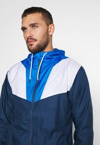 Puma - REACTIVE JACKET - Training jacket - dark denim/palace blue/white - 3