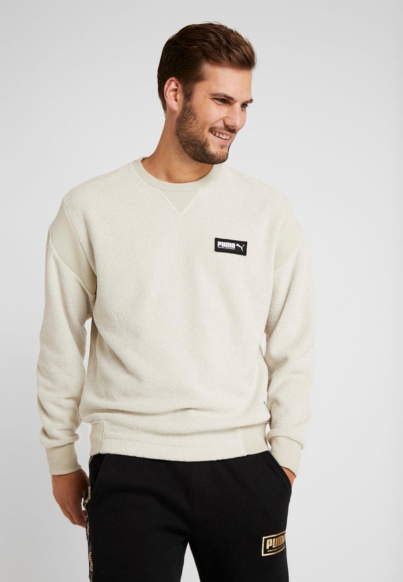 Puma - FUSION CREW - Sweatshirt - overcast