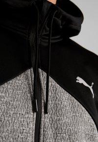 Puma - EXTRACT HOODED JACKET - Huvtröja med dragkedja - black/medium gray heather - 4