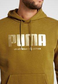Puma - HOLIDAY PACK HOODIE - Hoodie - moss green - 5