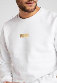 Puma - HOLIDAY PACK CREW - Sweatshirt - white - 5