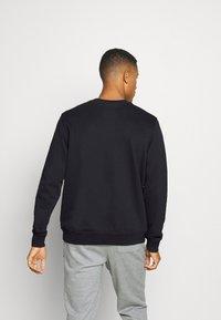 Puma - PIVOT CREW - Sweatshirt - black - 2