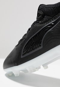Puma - ONE 19.3 FG/AG  - Korki Lanki - black/white - 2