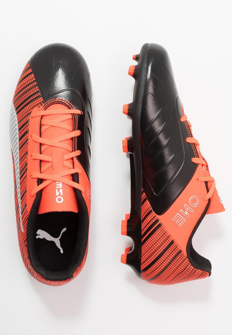 Puma - ONE 5.4 FG/AG - Voetbalschoenen met kunststof noppen - black/nrgy red/aged silver