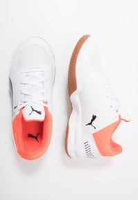 Puma - AURIZ - Multicourt tennis shoes - white/black/nrgy red - 0