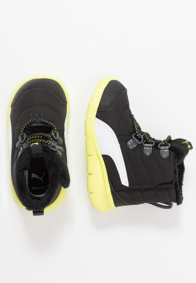 BAO 3 BOOT - Snowboot/Winterstiefel - black/nrgy yellow
