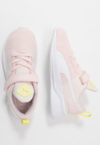 Puma - FLYER RUNNER - Neutral running shoes - rosewater/white/sunny lime/peony/black - 0