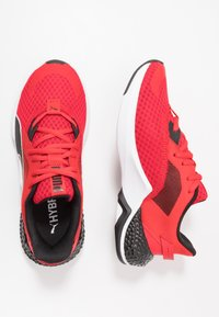 Puma - HYBRID NX OZONE - Obuwie do biegania treningowe - high risk red/puma black - 0