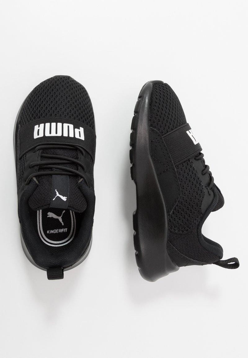 Puma - WIRED AC  - Obuwie do biegania treningowe - black/white