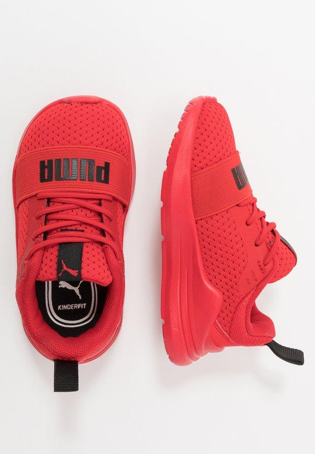 WIRED RUN - Hardloopschoenen neutraal - red