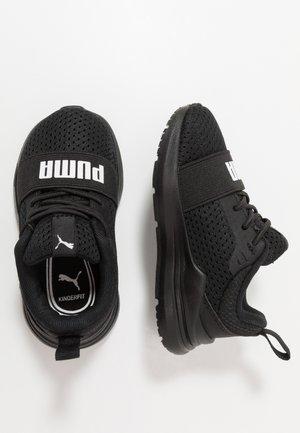 WIRED RUN - Hardloopschoenen neutraal - black