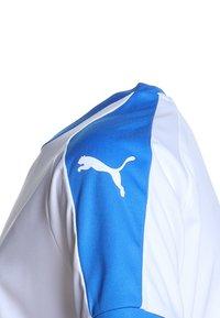 Puma - LIGA  - Sports shirt - white/electric blue - 3