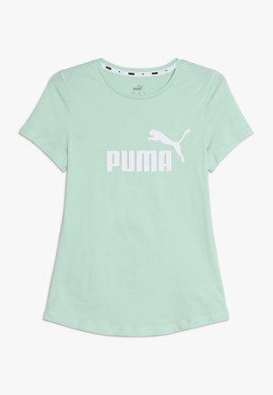 ESS TEE - Print T-shirt - mist green