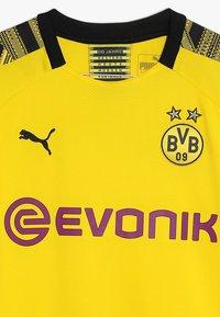Puma - BVB BORUSSIA DORTMUND HOME REPLICA WITH EVONIK LOGO - Fanartikel - cyber yellow/black - 2