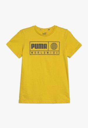 ALPHA GRAPHIC TEE - T-shirt z nadrukiem - sulphur