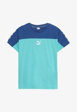 PUMA XTG TEE - T-shirt print - blue/turquoise