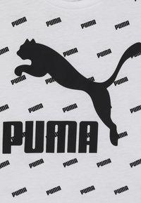 Puma - CLASSICS GRAPHICS TEE - Camiseta estampada - white - 4