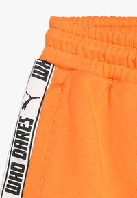 Puma - PUMA X ZALANDO SHORTS - Short de sport - tangerine - 2
