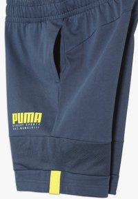 Puma - ALPHA SHORTS - kurze Sporthose - dark denim - 3