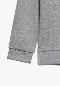 Puma - ALPHA GRAPHIC CREW - Sweatshirt - medium gray heather - 2