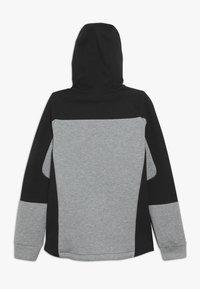 Puma - EVOSTRIPE HOODED JACKET  - veste en sweat zippée - medium gray heather - 1