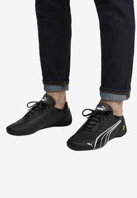 Puma - FERRARI FUTURE KART CAT - Sneakers laag - black - 0