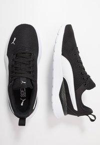 Puma - ANZARUN LITE - Obuwie treningowe - black/white - 1