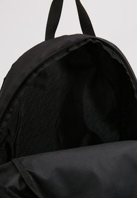 Puma - PHASE BACKPACK - Rucksack - puma black
