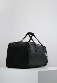 Puma - FUNDAMENTALS BAG  - Sportväska - puma black - 3