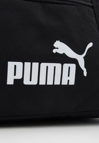 Puma - PHASE SPORTS BAG - Sportväska - black - 7