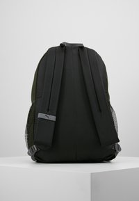 Puma - PLUS BACKPACK - Sac à dos - forest night - 2