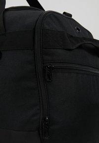 Puma - CHALLENGER DUFFEL BAG M - Sportovní taška - black - 8
