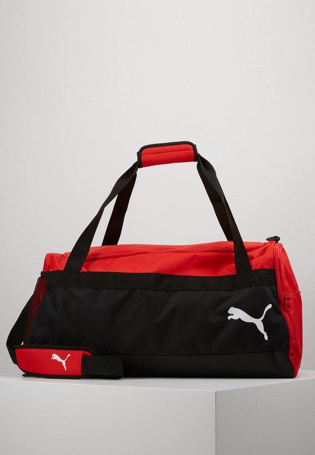 TEAMGOAL TEAMBAG - Sporttas - red/black