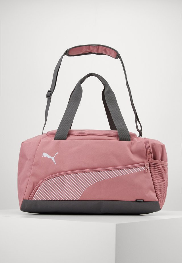 FUNDAMENTALS SPORTS BAG - Sporttasche - foxglove
