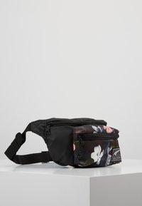 Puma - ACADEMY WAIST BAG - Bum bag - black - 3