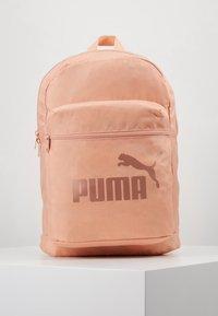 Puma - CLASSIC CAT BACKAPCK - Reppu - dusty coral copper - 0