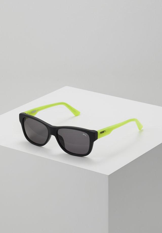 SUNGLASS KID - Aurinkolasit - green