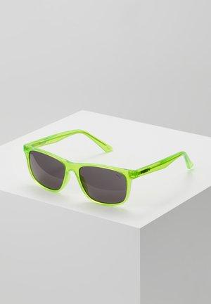 SUNGLASS KID INJECTION - Sluneční brýle - green