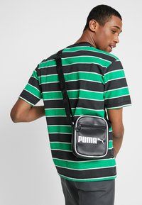 Puma - CAMPUS PORTABLE RETRO - Across body bag - black - 1