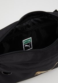 Puma - ORIGINALS BUM BAG - Ledvinka - black - 4