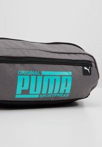 Puma - SOLE WAIST BAG - Bältesväska - castlerock - 7